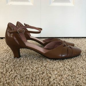 Naturalizer Brown Leather Ankle Strap Kitten Heels